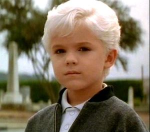 Thomas Dekker as David in Village of the Damned (1995)